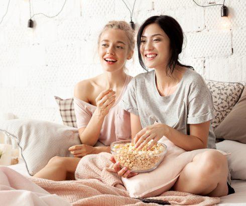 Hvad er bedre end en god film efter en lang nat ude?